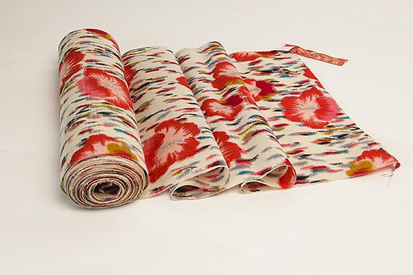 Gammalt japanskt kimonotyg